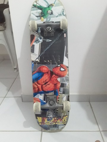 Skate usado com desenho,dá Marvel. - Foto 2