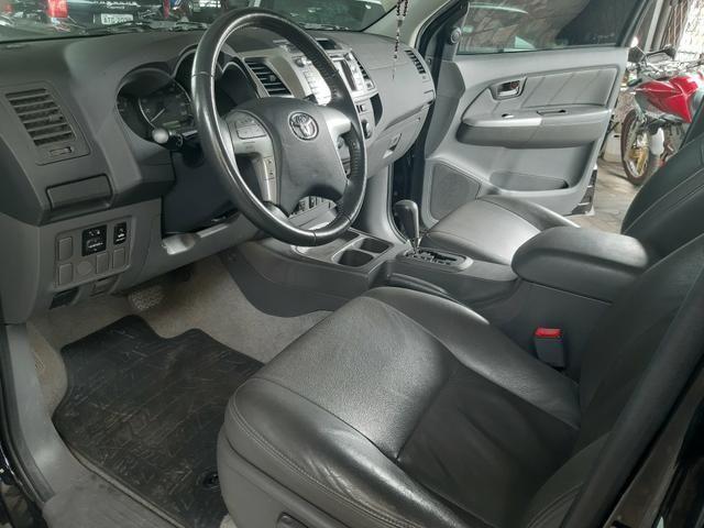 Toyota Hilux ano 2015 2.7 automático Gnv 5 geração - Foto 13