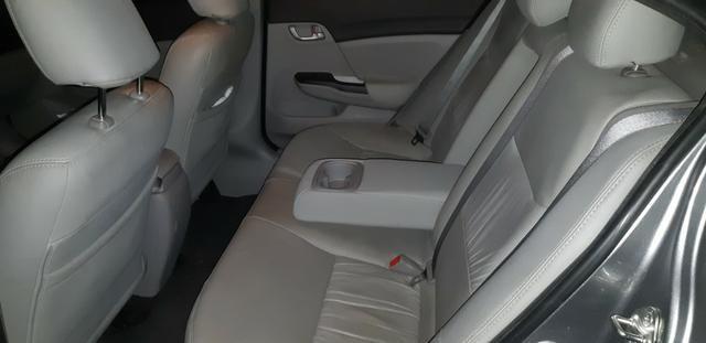 Honda Civic 1.8 LXS Flex Automático 4p - Foto 10