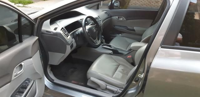 Honda Civic 1.8 LXS Flex Automático 4p - Foto 11