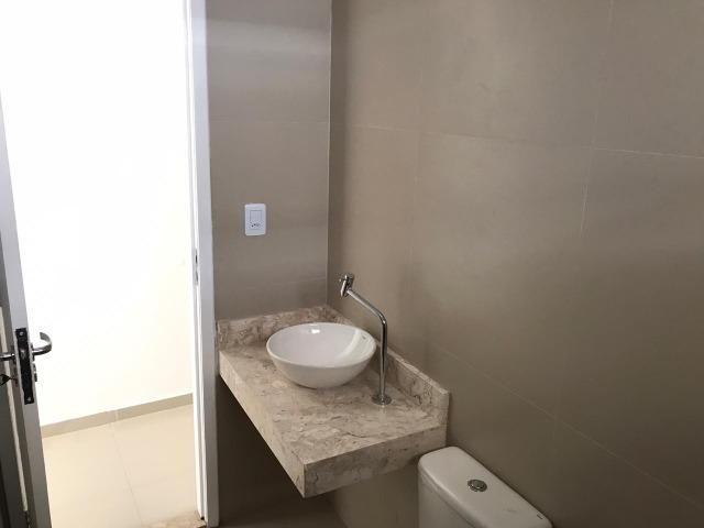 Casa Plana no Eusébio, 3 quartos, suítes, churrasqueira, excelente localização! - Foto 5