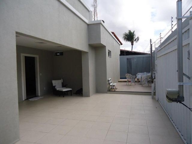 Casa plana no José de Alencar com 3 quartos, 2 vagas, ao Próximo a igreja Videira - Foto 3