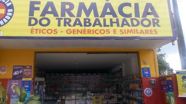 Vendo ótima farmaçia