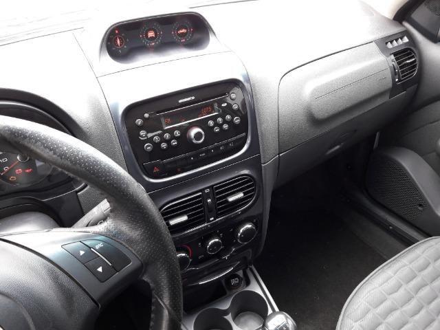 Fiat Strada Adventure 1.8 Flex Cabine Dupla Completa impecavel Baixo KM - Foto 12