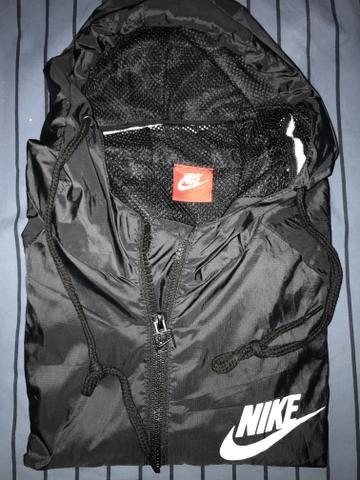 Jaqueta Nike Corta Vento Preta - Foto 2