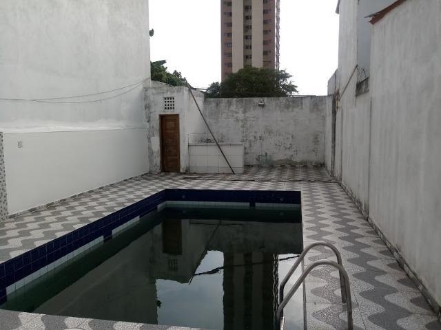 Vende-se ou Aluga-se Porteira fechada prédio dois andares, prox. a Almirante Barroso - Foto 18