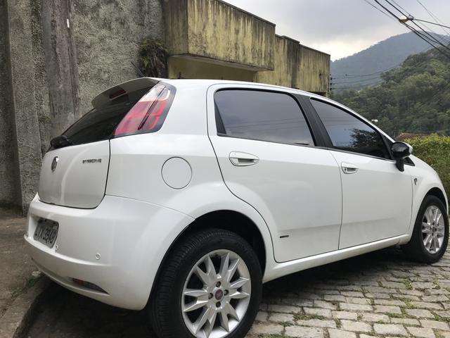 Fiat Punto Attractive Itália 1.4 Flex - Foto 19