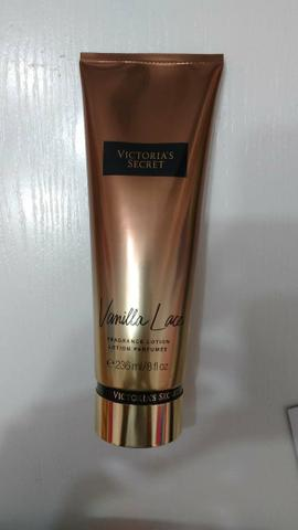 69a918a3da6 VICTORIA S SECRET VANILLA LACE FRAGRANCE LOTION 236 ml - Beleza e ...
