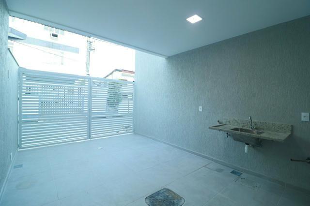 Imobiliária Nova Aliança! Vende Duplex Alto Padrão com Entrada para 2 Rua em Muriqui - Foto 10