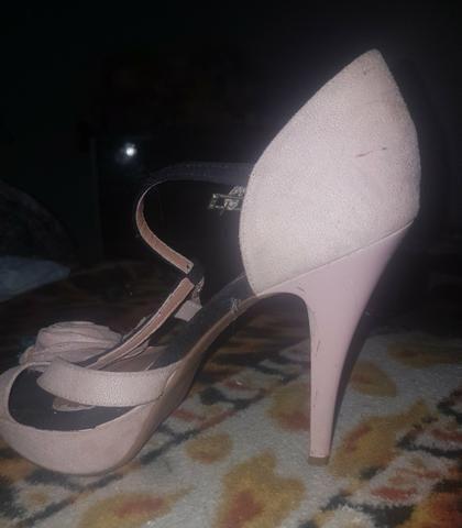 Vendo ou troco por sapatênis  sandália da vizzano n:35 36 - Foto 4