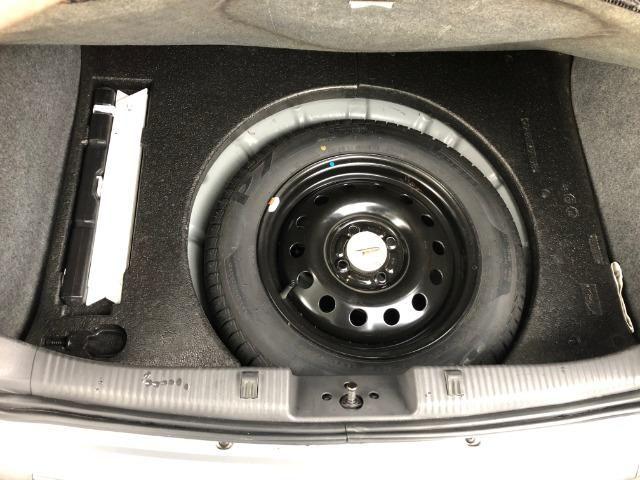 Ford Focus Hatch GLX 2.0 em excelente estado, segundo dono - Foto 12