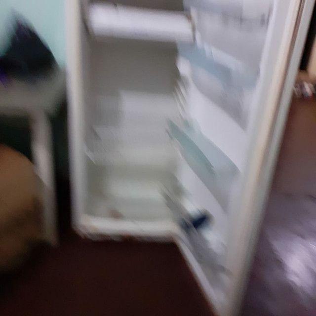 Vendo geladeira e fogao - Foto 4