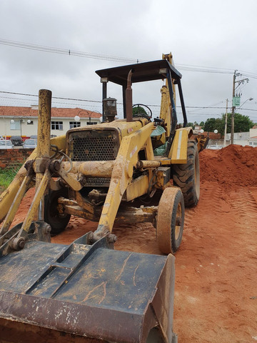 Retro Escavadeira FB80 Aracatuba - Foto 3