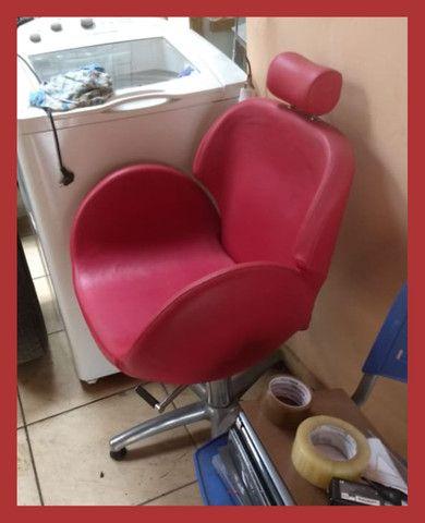 Cadeira de Cabeleireiro(a) e Maquiadores(as) - Foto 4