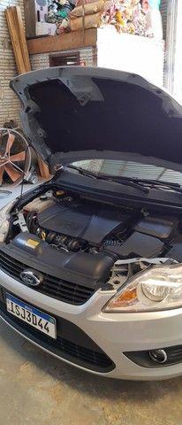 Focus sedan 2.0 ótimo estado