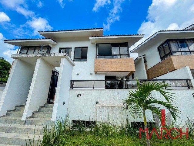 Vendo casa com 3 quartos em condomínio estilo village no Portal do Sol