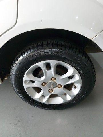 Ford Fiesta Rocan 1.6 8V 2013 branco - Foto 11