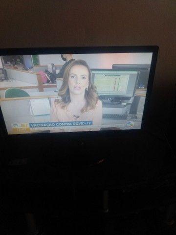 Vendo TV da marca Samsung 20 polegadas - Foto 2