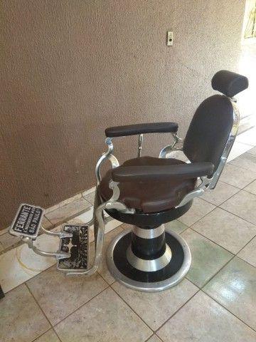 Cadeira de barbeiro  - Foto 4