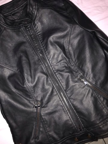 Vendo jaqueta de couro sintético RENNER TAM M - Foto 4