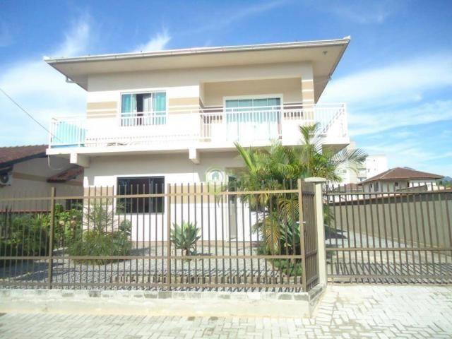 Casa com 4 dormitórios à venda, 260 m² por R$ 700.000 - Vila Nova - Joinville/SC