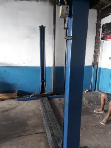 Elevador 2500 kg