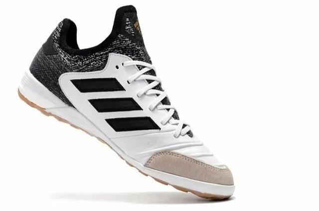 Chuteira Society Adidas Copa - N° 38,5 e 40,5 - Foto 3