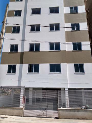 Vendo apartamento 2 quartos no Bandeirantes