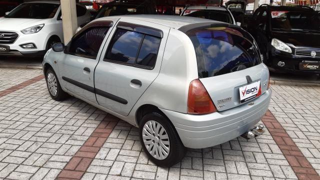 RENAULT CLIO 2001/2001 1.0 RL 16V GASOLINA 4P MANUAL - Foto 4