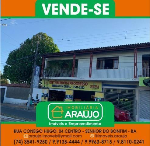 Vende-se Casa Residencial Localizada na Av. António Carlos Magalhães