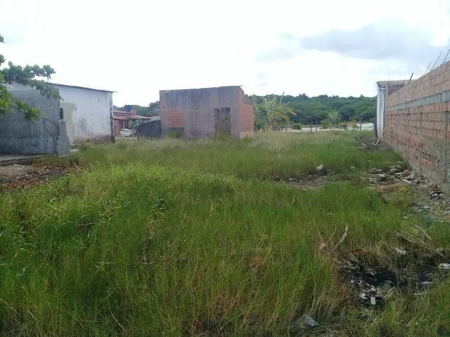 Vende-se um terreno em São jose 13x25 valor 17.500,pego moto como entrada