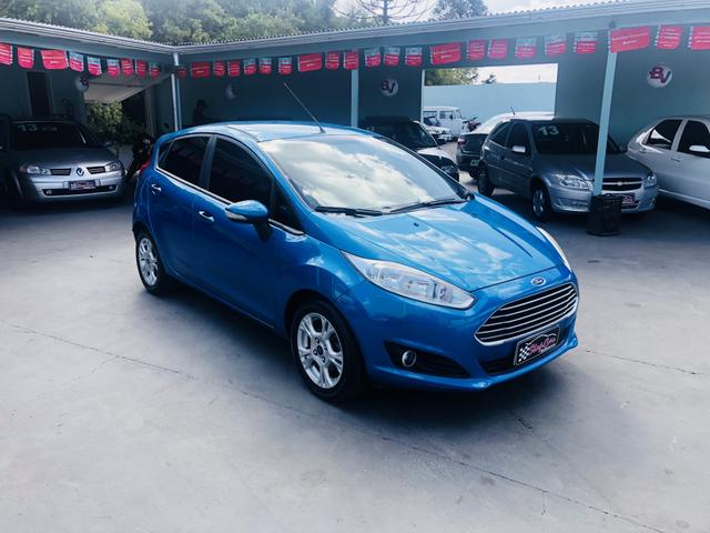 New Fiesta hatch se 1.5 completo - Foto 2