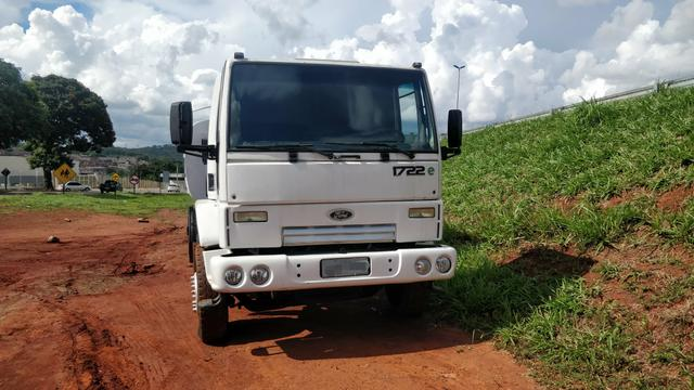 Ford cargo 1722E PIPA 10 mil litros - Foto 4