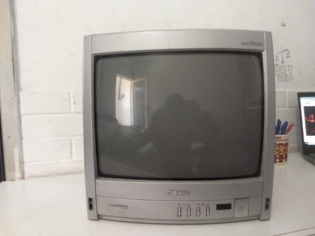 Vendo TV 14 polegadas