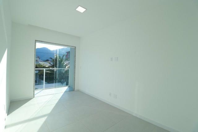 Imobiliária Nova Aliança! Vende Duplex Alto Padrão com Entrada para 2 Rua em Muriqui - Foto 14