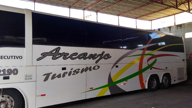 Vendo Ônibus irizar 2000/2000 46 lugares skania 124 ar condicionado executivo - Foto 5