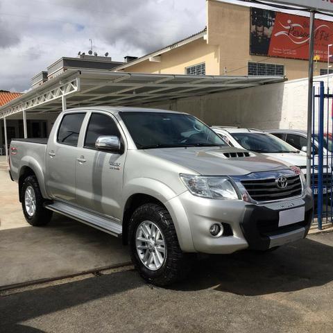 Toyota/Hilux SR V 4x4 - 2015