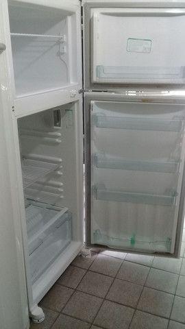 Geladeira Consul Duplex 470 lts Gelo Seco - Foto 2