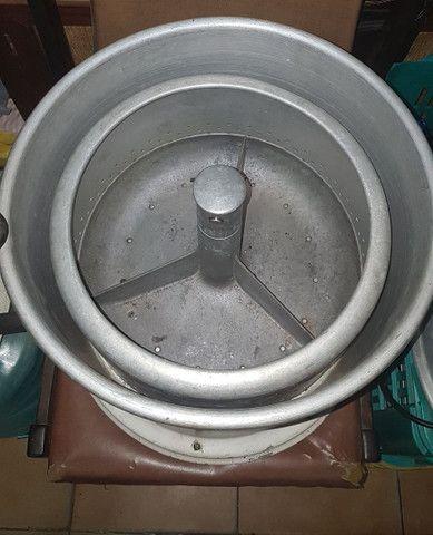 Máquina de lavar antiga - Foto 2