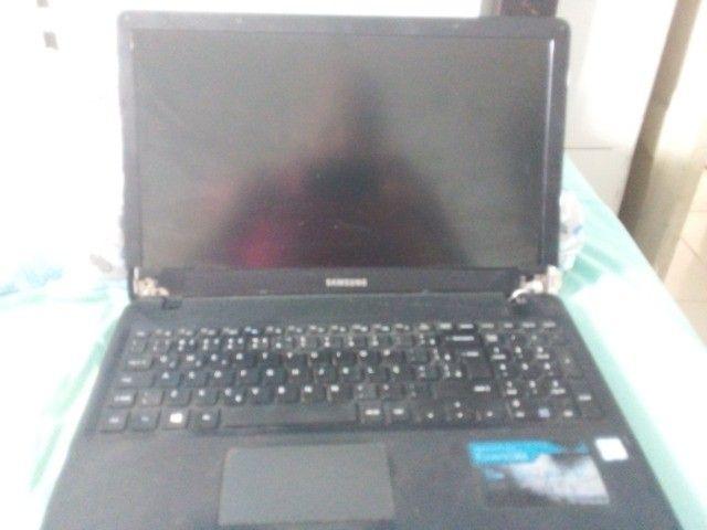 notebook np300e5l com carcaça e entreliça estragada - Foto 2