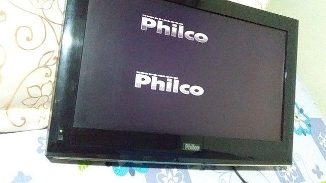 Vendo essa tv Philco24 com conversor