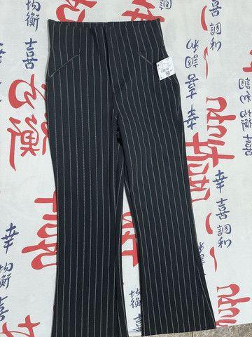 Modelo de calça flare marca Riachuelo - Foto 3