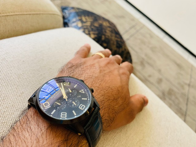 RELÓGIO MONTBLANC - Modelo TimeWalker