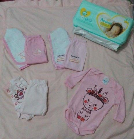 Roupinhas e fralda para bebê RN/P  - Foto 3