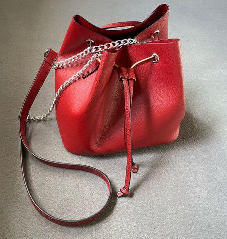 Bolsa Vermelha - Foto 2