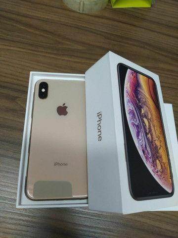 Iphone XS 64gb com nota e caixa (muito novo)