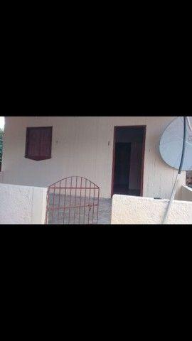 Vendo Esta casa com Quintal Bem Grande  - Foto 2