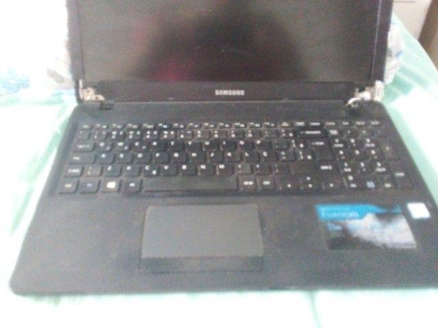 notebook np300e5l com carcaça e entreliça estragada - Foto 4