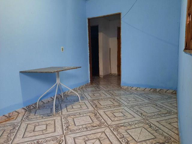 Novo Aleixo casa com 4 quartos mais 1kitnete terreno 8x20 murado.  - Foto 4