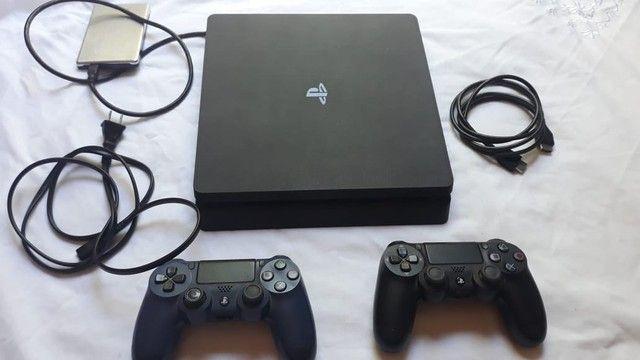 PlayStation 4 slin 1 terá 2 controle  - Foto 4